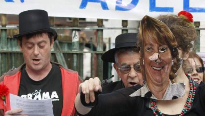 Denuncia de la Plataforma Eurovegas No escenificada en la céntrica plaza madrileña de la Puerta del Sol