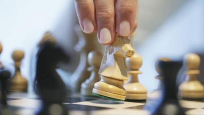 También considerado como deporte, el ajedrez sirve para mejorar la cohesión social y contribuye a la integración.