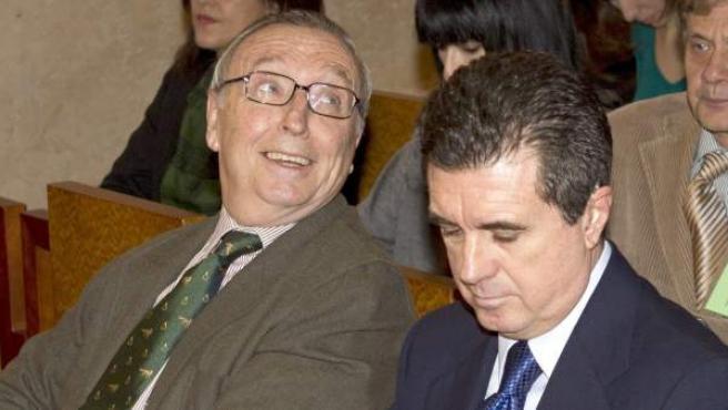 El ex ministro de Medio Ambiente y ex presidente del Gobierno Balear, Jaume Matas, junto al periodista Antonio Alemany.
