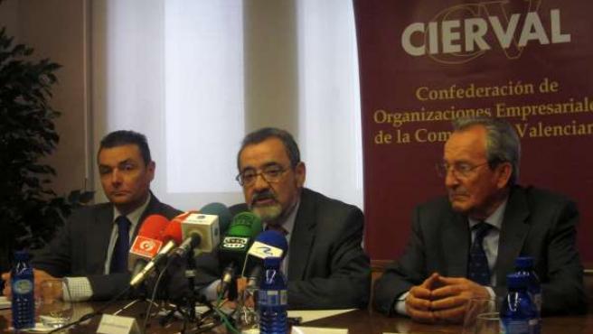 El Presidente De Cierval Comparece Junto A Los Líderes De CEV Y CEC.
