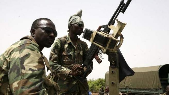 Tropas de élite del ejército de Mali durante un ejercicio de entrenamiento en mayo de 2010.