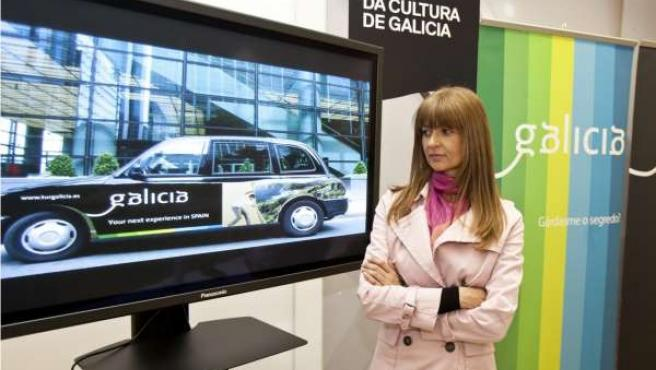 A Secretaria Xeral Para O Turismo, Carmen Pardo Lopez, E A Xerente Da Sociedade