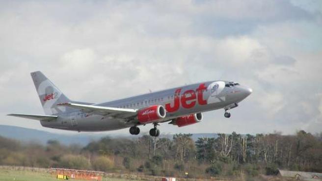 Avión De La Aerolínea Jet2.Com