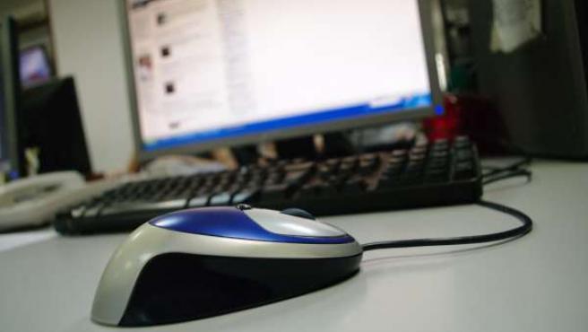 Ratón Y Ordenador