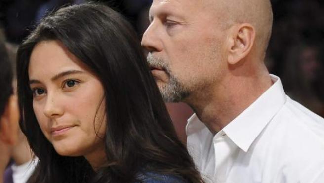 Bruce Willis y su esposa, Emma Heming, en una foto tomada en 2010.