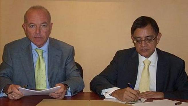 Gustavo Samayoa (a la derecha), presidente de FUCI.