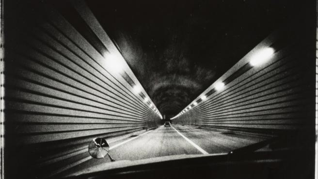 Una de las fotos de Moriyama que se exponen en Los Ángeles