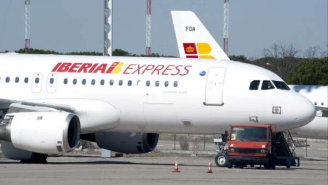 Uno de los aviones de la nueva aerolínea de bajo coste de Iberia.