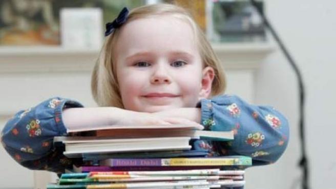 Heidi Hankins, una niña británica de cuatro años con una intelegencia de superdotada, en un captura de la web del diario 'The Sun'.
