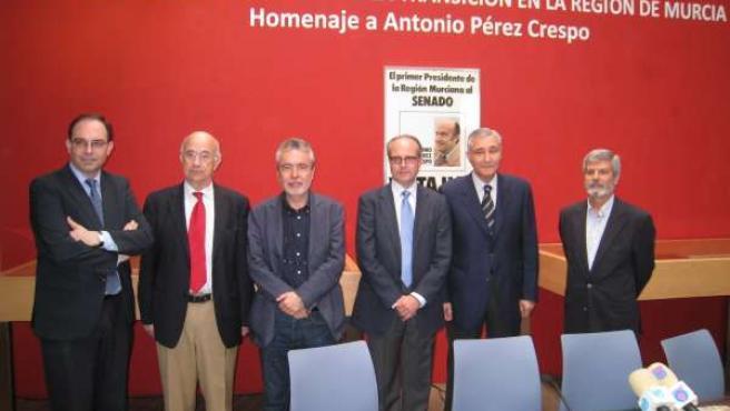Inauguración De La Exposición Homenaje A Antonio Pérez Crespo