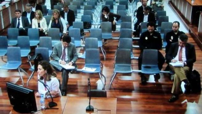 La Exasesora Jurídica María Castañón Declarando Como Testigo En 'Malaya'