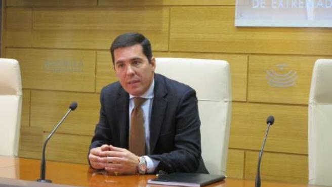Pedro Tomás Nevado-Batalla