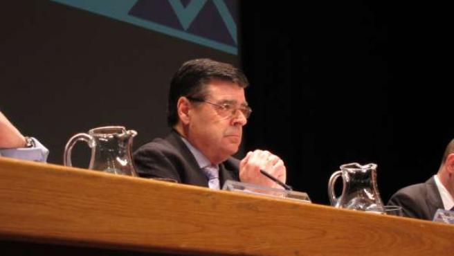 Enrique Ambrosio, Presidente De Caja Cantabria