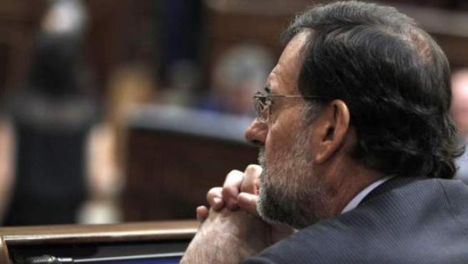 Mariano Rajoy, cuando todavía era líder de la oposición, durante la segunda jornada del debate del estado de la nación de 2011.