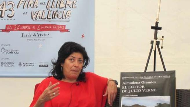 Almudena Grandes En La Fira Del Llibre De Valencia