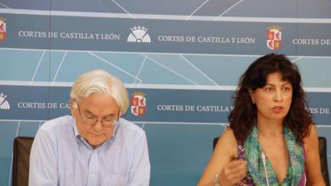 Pascual Fernández En Una Rueda De Prensa Junto A Ana Redondo