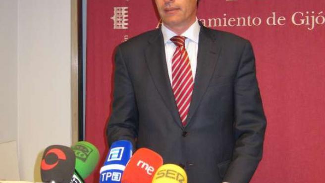 Rafael Felgueroso, En La Rueda De Prensa.