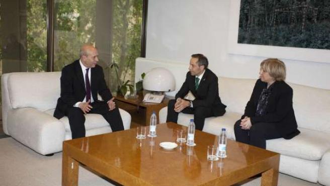 El Consejero Sánchez De Muniáin Con El Ministro José Ignacio Wert.