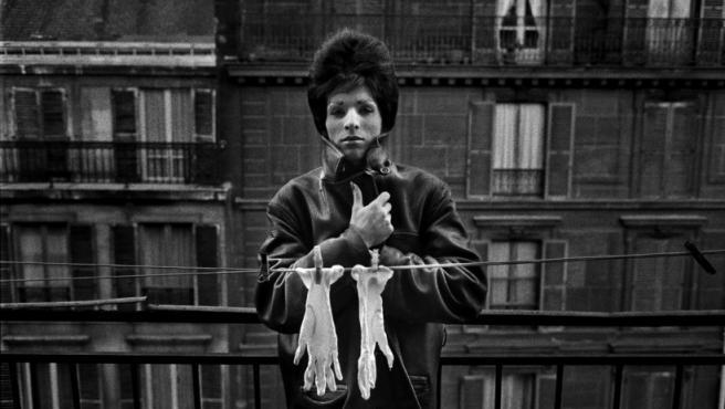 Una de las fotos de Christer Strömholm en el 'distrito rojo' de París