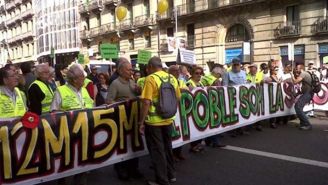 Cabecera de la manifestación en Barcelona el 12-M a la altura de Ronda Universidad.
