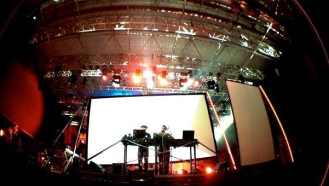 El dúo alemán Modeselektor, en la edición de 2012 del Sonar Sao Paulo, mostró a los brasileños a qué se debe su fama.