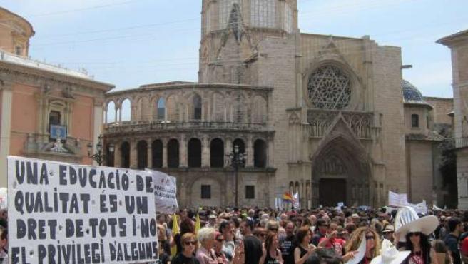 Imagen De La Manifestación De Profesores En Valencia