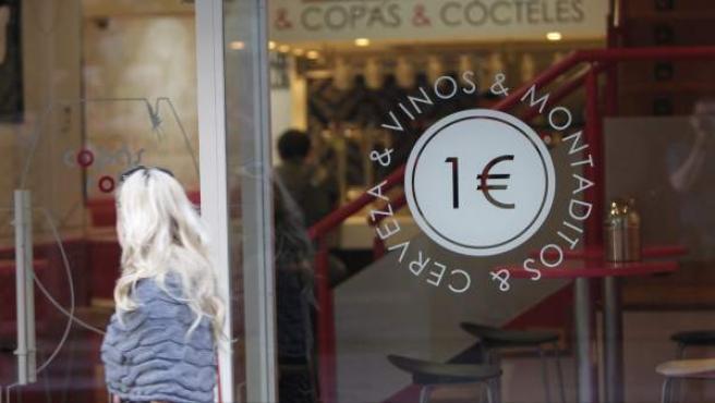 Un bar 'low cost' en Madrid.
