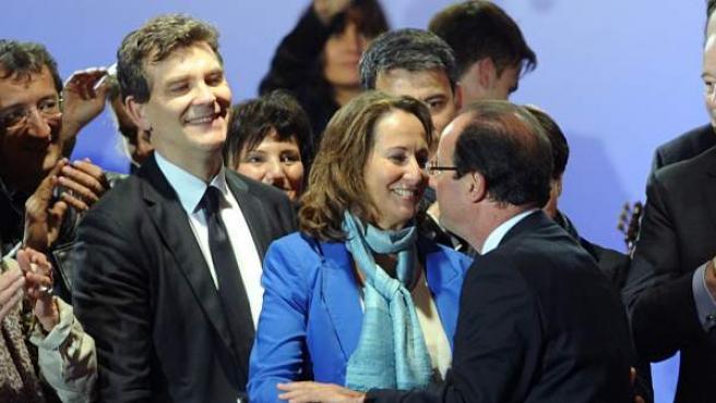 Manuel Valls, junto a François Hollande y Segolene Royal en una imagen de archivo.