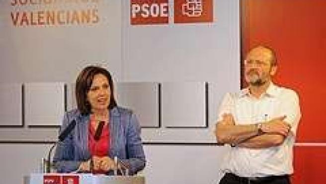 Carmen Martínez Y Salvador Soler En Rueda De Prensa