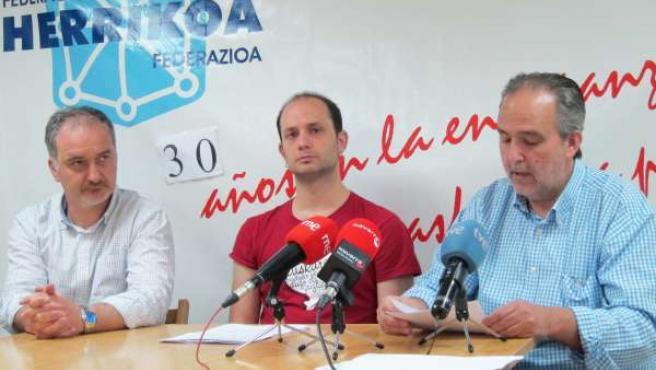 Santiago Álvarez, Nestor Salaberria Y José María Carrillo.