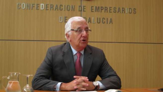 Presidente De La CEA, Santiago Herrero, Hoy En Rueda De Prensa.