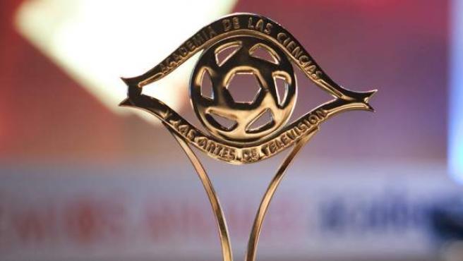Uno de las estatuillas de los Premios Iris, de la Academia de Televisión.