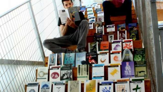 Donación De Libros Al Cendeac