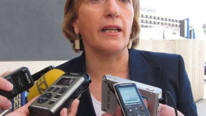 La Candidata Y Secretaria Provincial Del PSPV En Alicante, Ana Barceló