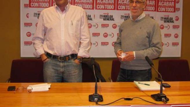 Ángel Hernández Y Agustín Prieto, En Rueda De Prensa