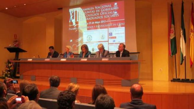 Fátima Báñez Clausura La XII Asamblea Nacional De Graduados Sociales