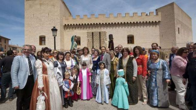 Barcina, Tras La Inauguración Del Castillo De Marcilla.