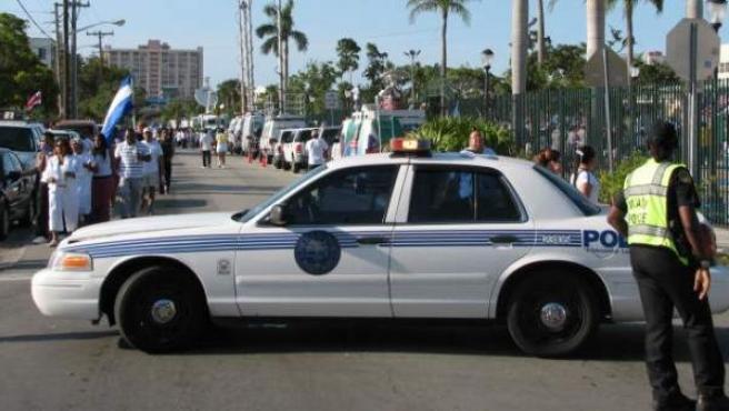 Imagen de 2006 que muestra a un coche de policía de EE UU.