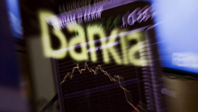 Panel informativo en la Bolsa de Madrid con el logo de Bankia.