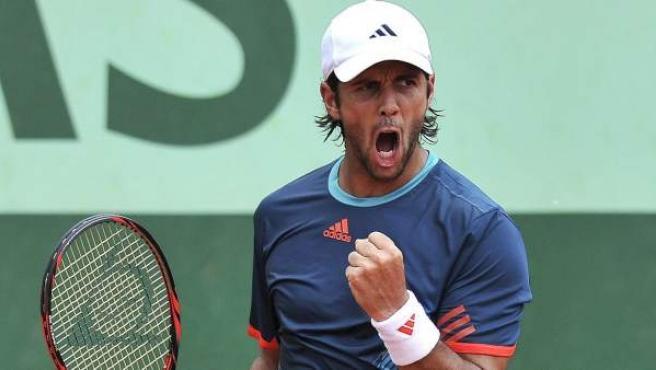 Fernando Verdasco celebra la victoria en Roland Garros que le dio el pase a los Juegos Olímpicos.
