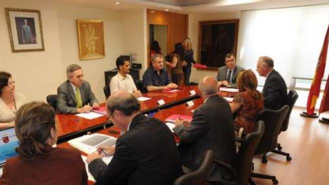 Ballesta Presenta El Borrador De Anteproyecto De Ley De Emprendedores