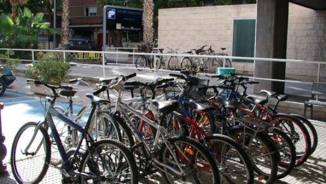 Aparcamiento Para Bicicletas En El Hospital Morales Meseguer