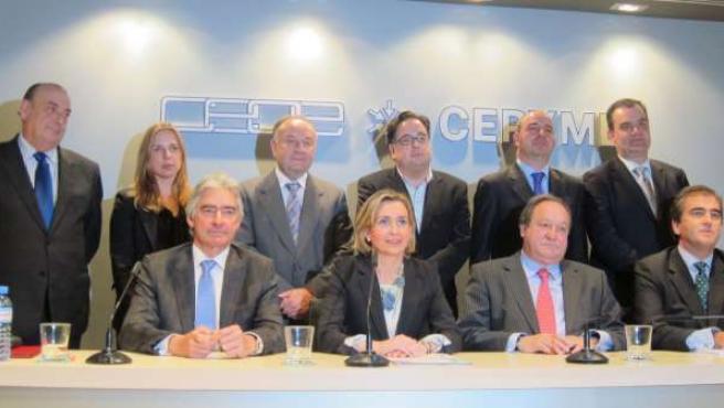 Gema Díaz Y Miembros Del Comité Ejecutivo De Ceoe