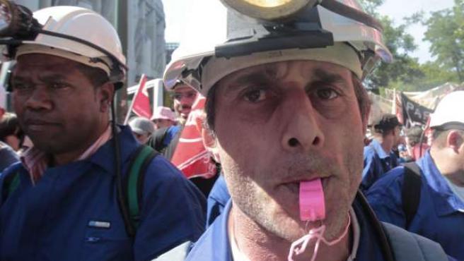 Protestas En Defensa Del Carbón