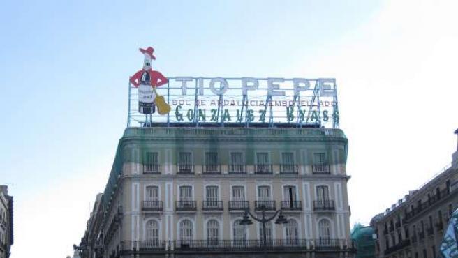 El cartel de 'Tío Pepe', en la madrileña Puerta del Sol, en una foto de archivo.