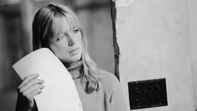 La actriz y cantante Nico, retratada en The Factory por Stephen Shore