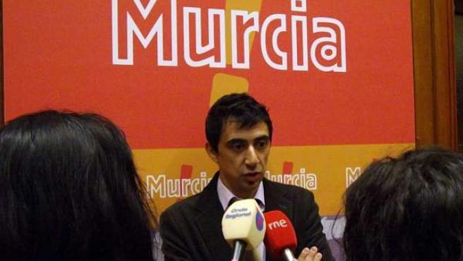 Rubén Serna