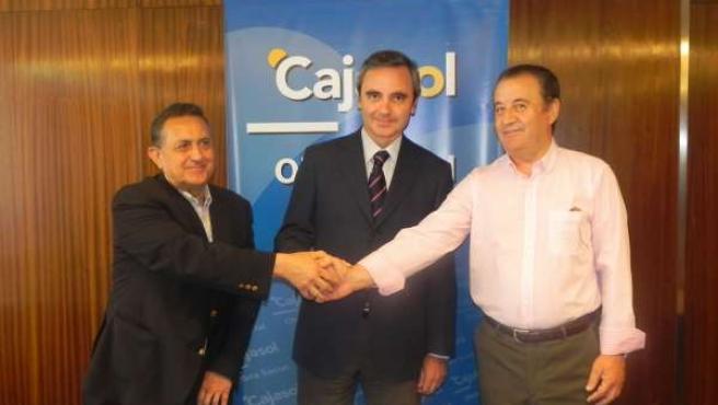 El Director Territorial De Caja Sol Huelva, José Ángel Hernández.