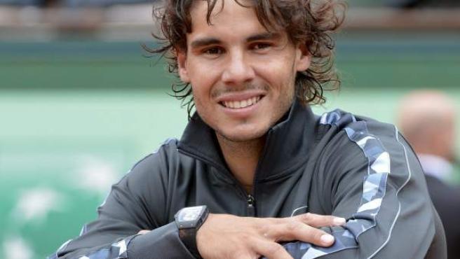 Rafa Nadal con su reloj tras ganar Roland Garros.