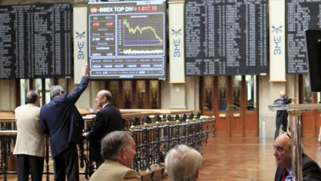 Varios operadores, en la Bolsa de Madrid.